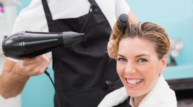 How long will you be at the hairdresser's?