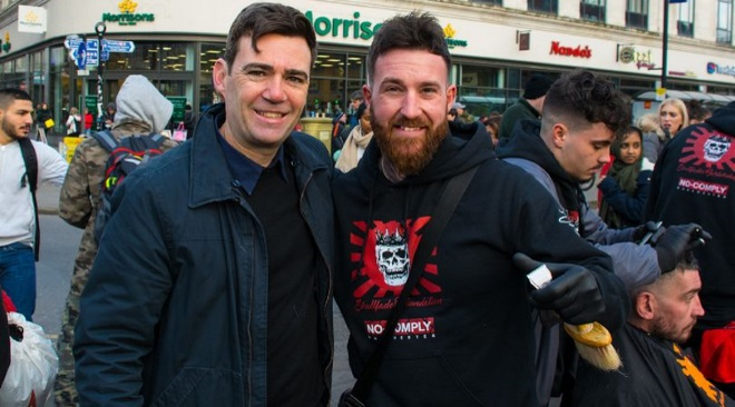 Barber's benevolent work with the homeless