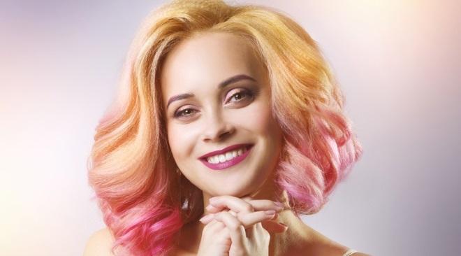 Peach hair colour trend