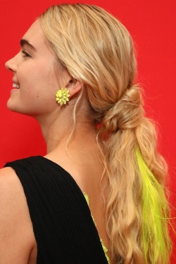 Neon clip-in extensions